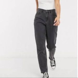 AMERICAN EAGLE Black Washed Mom Jeans